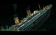 Sinking of Titanic in color